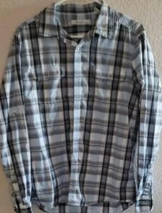 Kenneth Cole Plaid blue long sleeve Button Front M